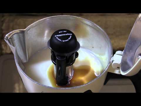 Bialetti Mukka Express - Cappuccino coffee with cinnamon