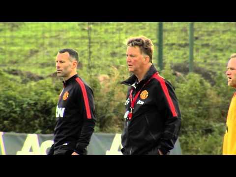 Louis van Gaal: Wayne Rooney für England im Sturm | Bei Manchester United im Mittelfeld