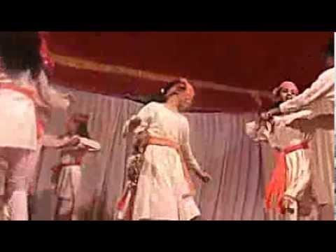 Choti Choti Gaiya Chote Chote Gwal ..girls gang performedSTAR...