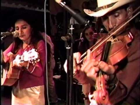 Festival Campirano 2003:  Atardecer Tropical parte 1