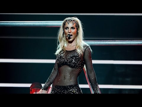Britney Spears Curses At Fan For Calling Her Fat video