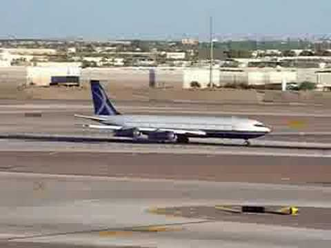 Boeing 707 takeoff from Phoenix Sky Harbor Airport Video
