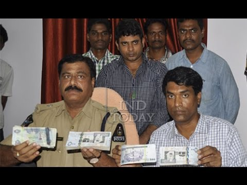 Gold smugling racket busted in Hyderabad: One held, foreign currency Rs 93 lakh sezied