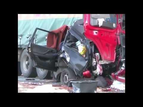 Makabryczny Wypadek Na Drodze Krajowej 11 W Oleśnie (ulica Kluczborska)