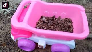 Đồ chơi trẻ em 👉 xe ôtô chở đất  ♥ Yến Moon TV ♥