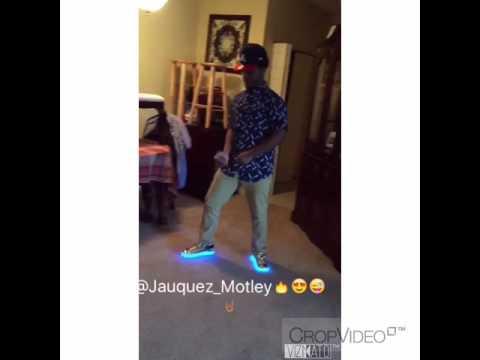 R Kelly Challenge @Jauquez_Motley