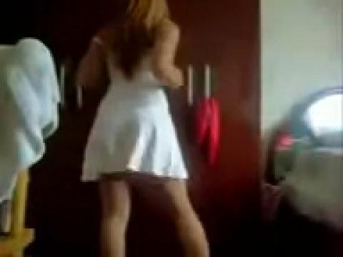 Mulher de Vestido Dançando.3gp