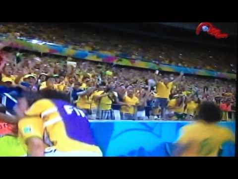 Golazo David Luiz vs Colombia (Mundial 2014) by Leca