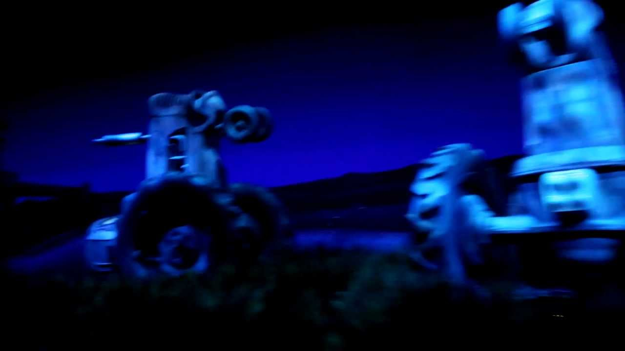 Famous Race Cars >> Radiator Springs Racers (Full Ride) - HD POV - Luigi's Tire Shop - YouTube
