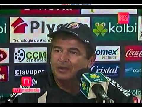 Jorge Luis Pinto trata de irrespetuoso a un periodista mexicano.