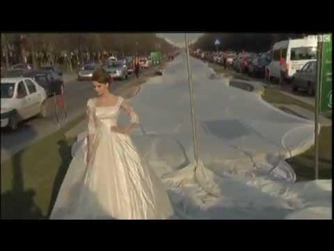 اطول فستان زفاف بالتاريخ 3 كيلومترات