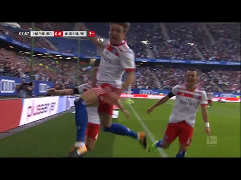Nicolai Müller raakt geblesseerd tijdens juichen