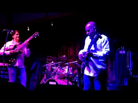 Samoa Soul - Patrick Yandall (Smooth Jazz Family)