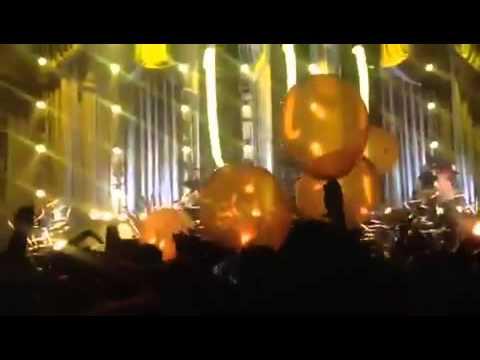 Paramore in Fresno- Still Into You- Encore