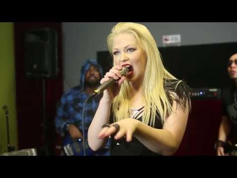 Paralyzed (rock Cover) - Cassidy Anderson & Band [indonesia - Agnes Monica] video