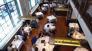 How restaurants use science to keep diners coming back