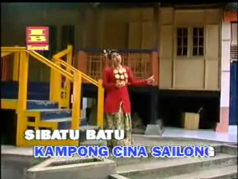 Lagu Daerah Makassar Sailong   Vokal : Emilia Suratman video