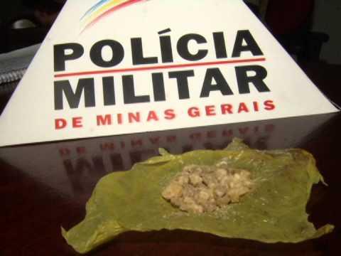 Jovem de 19 anos é preso no Bairro São Lucas suspeito de tráfico de drogas