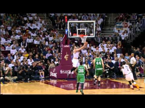 Kevin Love Throws Down the Oop in Reverse