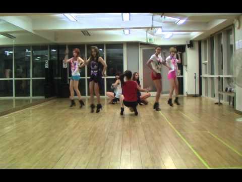 나인뮤지스(9muses) -  휘가로 안무연습영상(figaro Dance Ver.) video