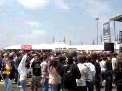 The Blackout-Spread Legs Not Lies-Bamboozle festival 2008 Video