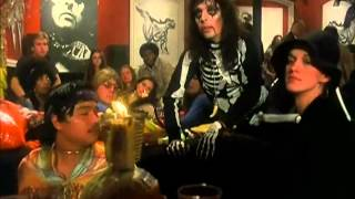 Watch Alice Cooper Sick Things video