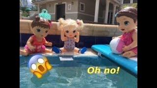 BABY ALIVE: June Kayla & Katrina got to the pool! FAIL?! Katrina drops her iPad in the pool!