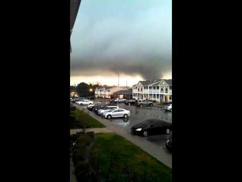 Hattiesburg Mississippi tornado 2/10/13
