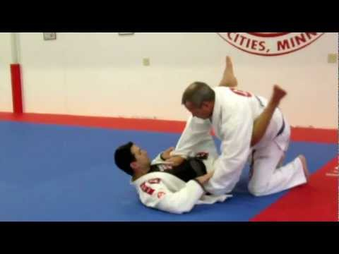 Brazilian Jiu Jitsu Video: Closed Guard Sweep Variation vs Standing Guard Pass with Rodrigo Sul Image 1