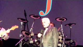 Watch George Jones You Oughta Be Here With Me video