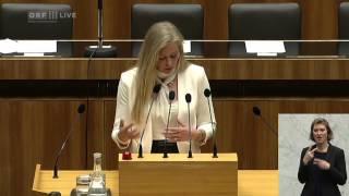 41999Nationalratssitzung 4 Ulla Weigerstorfer Team Stronach 2015 05 21 0900 tl 06 Politik LIVE Ulla