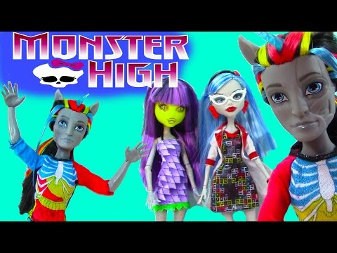 Monster High Neighthan Rot Hybrid Zombie Unicorn Mix Doll Review Freaky Fusions
