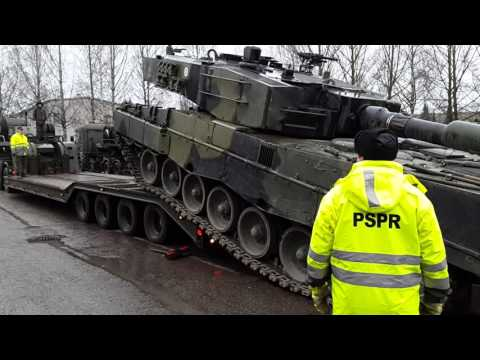Leopard 2A4 boarding (Finnish Defence Forces)
