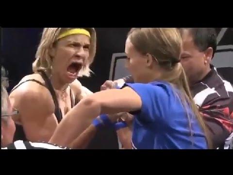 腕相撲は最初の手を握った段階で勝負は始まっています(笑)