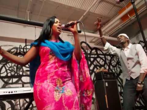 Hodan Abdirahman Hees Cusub 2013 Muraad Jaceyl By : Deeyoo Somali Music video