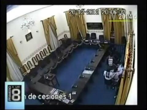 Graban a congresista boliviano en presunto acto de violación