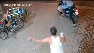 Clip: Hai thanh niên phối hợp diễn sâu để cướp một thùng bia