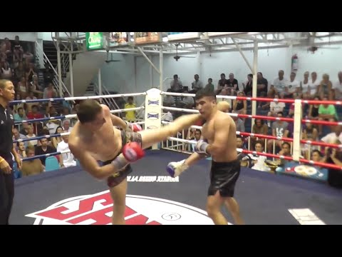 Martin Avery fights at Bangla Boxing Stadium, 28th January 2015