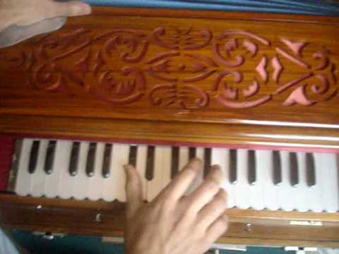 Nusrat Fateh Ali Khan - sason ki mala pe on the harmonium by...