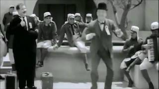 Laurel and Hardy dance to Heavy polkka