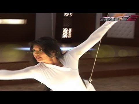 Jacqueline & Saif Ali Khan's Fencing Training - Race 2 Behind the Scene
