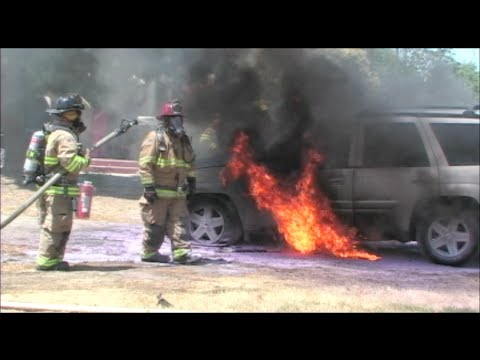 Firefighters Fight A Vehicle Fire In Modesto, California - Firefighting Footage