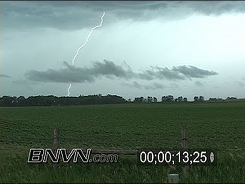 6/20/2005 Lightning video at sunset