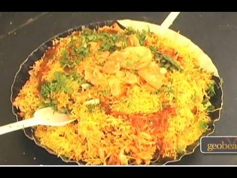 Incredible Street Food in Mumbai, India - Travel Guide