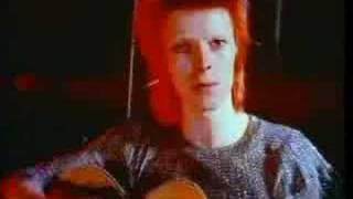 Клип David Bowie - Space Oddity