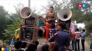 Latest Village recording dance 2017 hot Bhojpuri.mp4