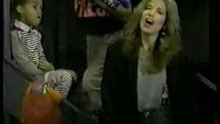 Watch Carly Simon Be With Me video