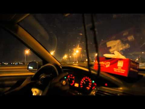 Côte d'Ivoire Route dans Abidjan de nuit / Ivory Coast Road in Abidjan night