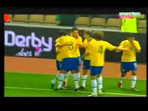 Daniel Alves Goal Brazil vs Ukraine 1-0 International Friendly 11 October 2010