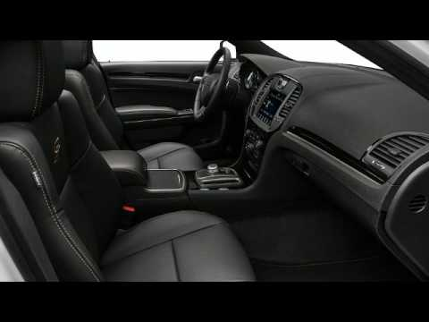 2017 Chrysler 300 Video